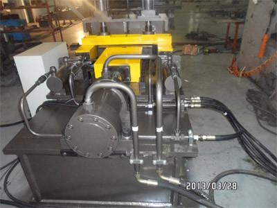 TKH 1412 гидромеханическая машина догиба и разгиба уголка