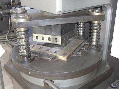 Серия TQJ: гидравлическая угловысечной станок для уголка